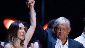 Belinda no será expulsada del país por actos de campaña con AMLO