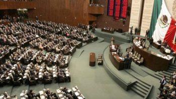 Lista la ley para acabar con bonos de la burocracia