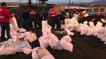 Tras lluvias, río Lerma inunda casas, cancha y áreas de cultivo