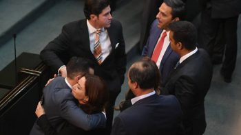 En límite legal Trife reasigna diputados en Congreso de Nuevo León