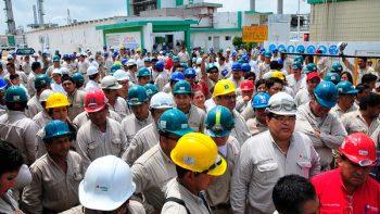Pemex suspende servicio médico a sus ex trabajadores pensionados