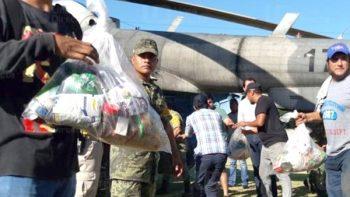 Envían ayuda por vía aérea a damnificados por huracán