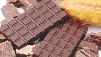 Chocolate con más de 70% de cocoa, tiene multiples beneficios