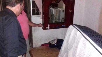 Entregan colchones viejos con fundas nuevas a damnificados en Sinaloa