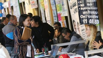 Realiza Monterrey 5ª Feria del Empleo con 10 mil vacantes