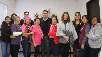Brindan ayuda integral a mujeres que padecen cáncer de mama