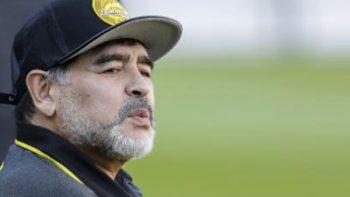 Diego Armando Maradona, el técnico más indisciplinado en el Ascenso