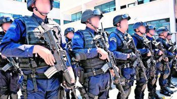 'Me destituyeron por ser gay', acusa policía de Querétaro
