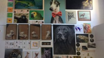 Artistas se muestran en contra del maltrato animal en España