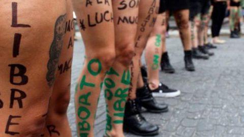 Realizan la octava 'Marcha de las Putas' en Puebla