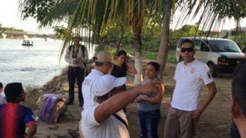 Agentes del INM montan operativo en río Suchiate, Chiapas