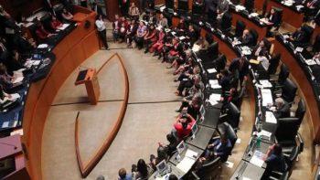 Chocan y se insultan Madero y Félix Salgado por consulta del NAIM