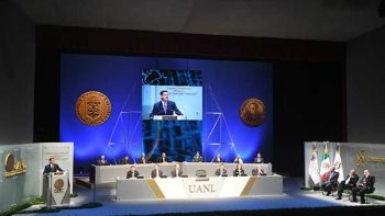 UANL entrega medalla 'José Eleuterio González'