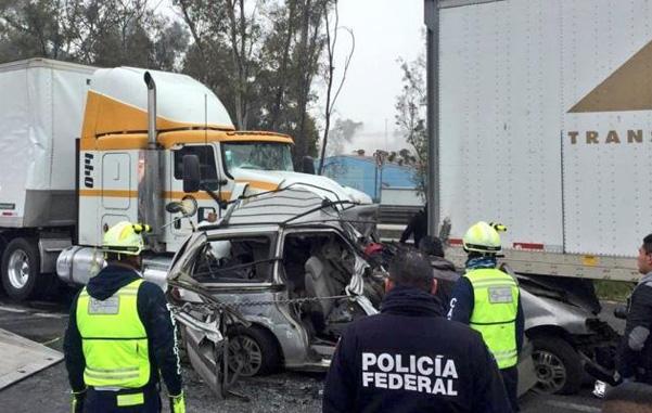 Choque en la México-Querétaro deja un muerto