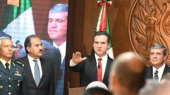 Asume Adrián de la Garza segundo mandato en Monterrey