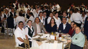 Mario López homenajea a enfermeras y enfermeros