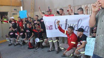 Obreros estallan huelga en Coca Cola de Matamoros