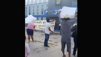 Protestan por decomiso de unidades en Río Bravo