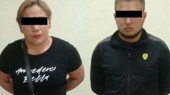 Detienen a pareja de colombianos por delito de robo en Monterrey
