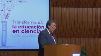 México es 'productor de ninis y de niños': subsecretario de SEP